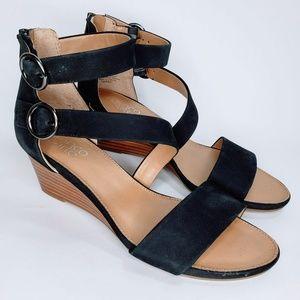 NWOB Franco Sarto Black and Tan Leather Wedge  - 8